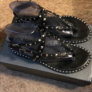 e82c56bdda5 Vince Camuto Shoes - Vince Camuto Jaxien Sandals